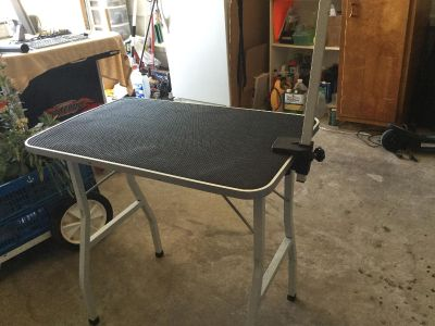 Dog Table for Clipping