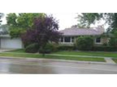 Available Property in RIVER GROVE, IL