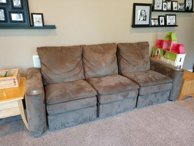 Sectional Reclining Sofa - FREE