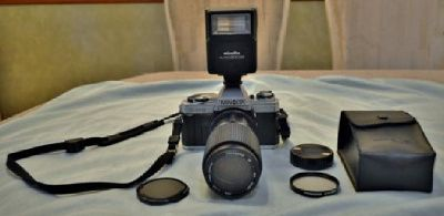 MINOLTA X-370 35mm Camera Package