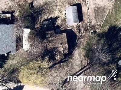 2 Bed 1 Bath Foreclosure Property in Gales Ferry, CT 06335 - Long Cove Rd