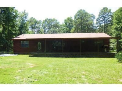 4 Bed 2 Bath Foreclosure Property in Gilmer, TX 75644 - Horse Rd