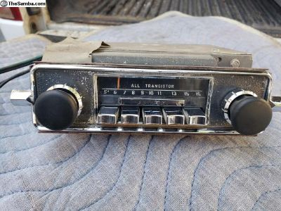 1967 sapphire V Radio