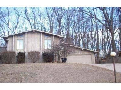 3 Bed 2 Bath Foreclosure Property in South Bend, IN 46628 - Ravenna Dr
