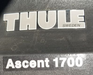 Thule Accent 1700 Car/Truck Roof Cargo Storage (Like New, w/ key)