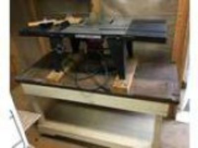 Craftsman Router Table Router Bits and Work Table (NE Atlanta -