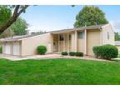 Westwood Duplexes - Ranch Style Duplex B