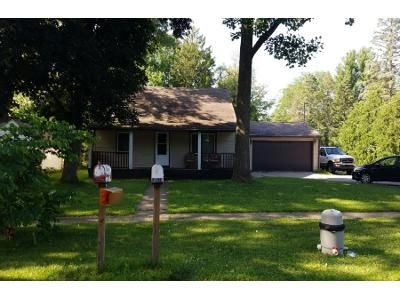 4 Bed 2 Bath Preforeclosure Property in South Bend, IN 46637 - Brick Rd