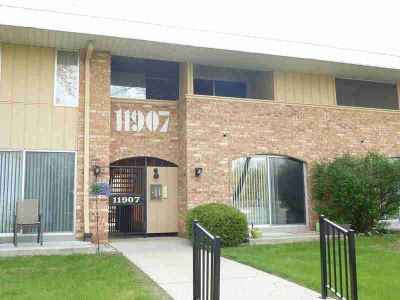 11907 W Appleton Ave #19 Milwaukee One BR, Why pay rent?!?
