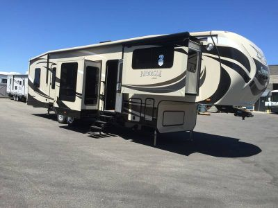 2015 Jayco Pinnacle 38FLSA
