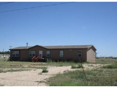 4 Bed 2 Bath Foreclosure Property in Lovington, NM 88260 - Six Shooter Rd