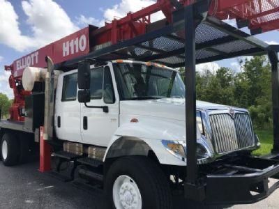Elliott H110R Hi-Reach Sign Crane Truck 6x4 For Sale