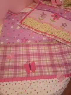 Full Size Comforter and Pillow Sham, EXCELLENT Condition $15