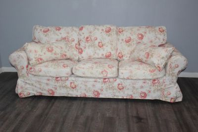 Flower Pattern Sofa with accent Pillows
