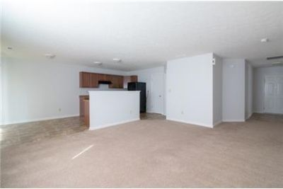 Don't miss out on this cute ranch. Washer/Dryer Hookups!