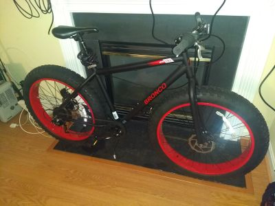 Brand New Bronco Big tires snow and mountain bike