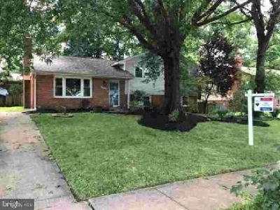 14827 Wood Home Rd Centreville Four BR, lovely home located on a