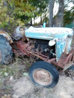 Ford 800 series tractor