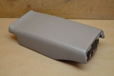 Purchase 03-08 R230 MERCEDES SL500 SL550 SL55 REAR CENTER CONSOLE LID COVER PANEL BEIGE motorcycle in Riverview, Florida, United States, for US $59.99