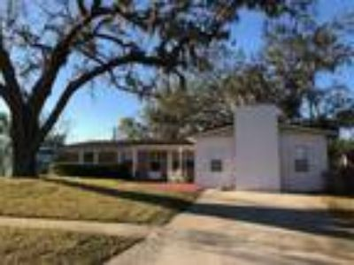 1908 Sq.Ft. House For Sale In Titusville, FL