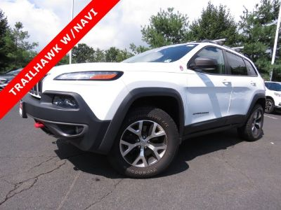 2015 Jeep Cherokee Trailhawk (Bright White Clearcoat)