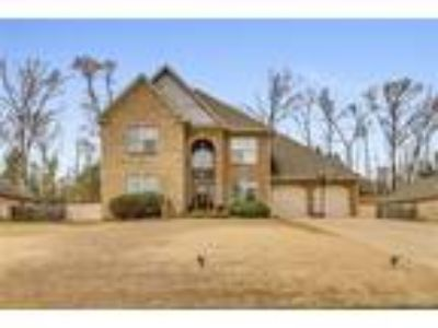 $289900 Four BR 3.00 BA, Northport