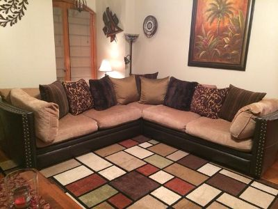 $500, Sectional for sale.   $500.  Gonzales