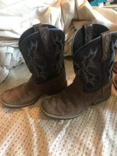 Boys Ariat Boots Size 1