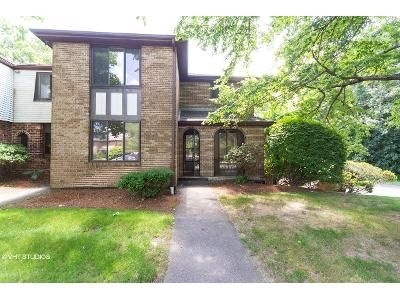 4 Bed 3.5 Bath Foreclosure Property in Worcester, MA 01606 - Cobblestone Ln # 29