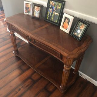 Buffet/Entry/Couch table