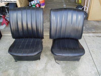 Late style 1967 bug low back seats