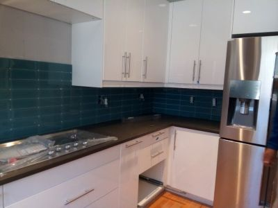 PROFESSIONAL KITCHEN CABINET INSTALLATION
