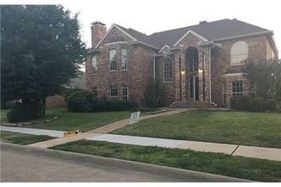 Beautiful Plano House for rent. Washer/Dryer Hookups!