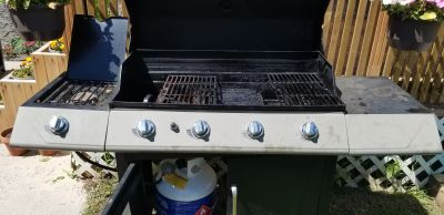 Bbq grill with stove and cover