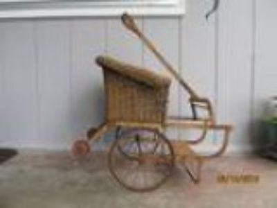 Vinage wicher doll rickshaw (scappoose)