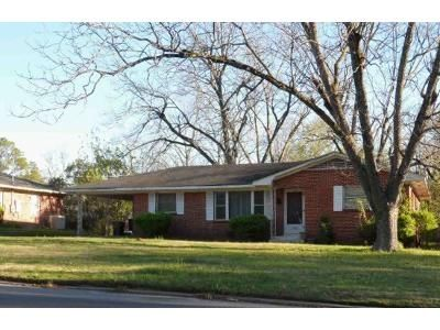 3 Bed 2 Bath Foreclosure Property in Montgomery, AL 36111 - Adrian Ln