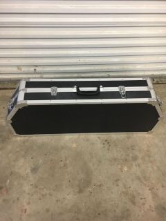 New hard sided bow case