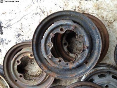 wheel 2/57 deluxe 23 black postal yellow barndoor