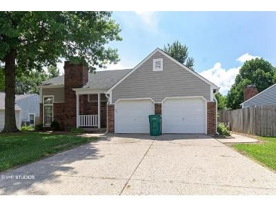 3 Bed 2.5 Bath Foreclosure Property in Indianapolis, IN 46254 - Caledonia Way