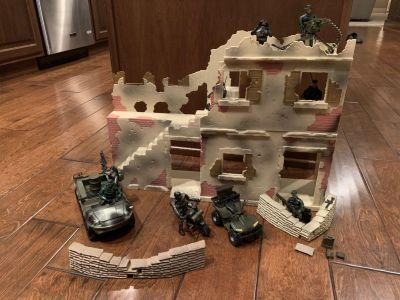 GIJoe style army men with fort and duck style vehicle.