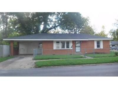 2 Bed 1.5 Bath Foreclosure Property in Blytheville, AR 72315 - N Franklin St