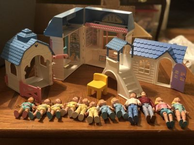 Fisher Price 1994 little People lot with buildings.