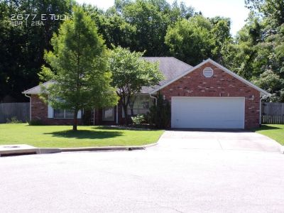 4 Bedroom Home for Rent in Fayetteville!