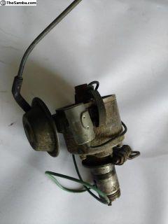 Bosch Distributor single vacuum.113 905 205 AA