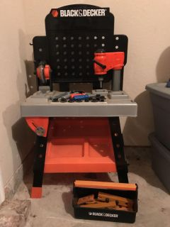 Black and decker toddler tool bench