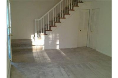 Bright Ridley Park, 2 bedroom, 1 bath for rent. $975/mo