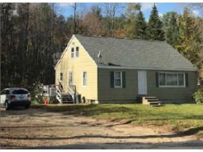 3 Bed 1 Bath Foreclosure Property in Townsend, MA 01469 - Fitchburg Rd