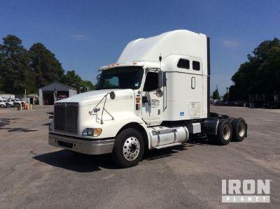 2005 International 9200i T/A Sleeper Truck Tractor