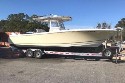 2004 Sailfish 30-06 Center Console
