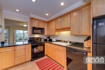 $4770 2 townhouse in Bellevue